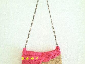 85.夏糸のなわ編みショルダーバッグ〈アシンメトリー/コーラルピンク〉の画像
