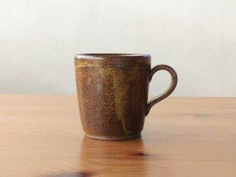茶色のコーヒーカップの画像