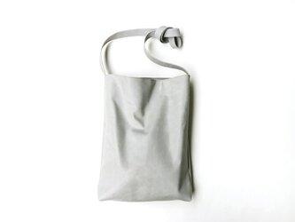 程よい袋 GRAY (牛革)の画像