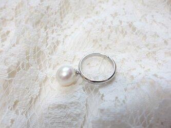 白蝶真珠の指輪の画像