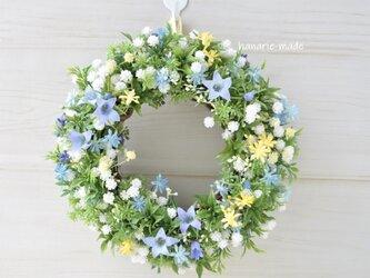 小さなリース ベルフラワー :ミニリース 母の日ギフト ブルー 白 黄色 小花 の画像