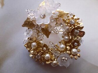 [受注制作]fleur blanche brooch(リース)の画像