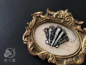 ブローチ【貝】の画像