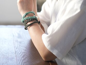 【wafu】三編み ブレスレット 男女兼用 リネン100% アクセサリー/ブラック z025a-bck2の画像
