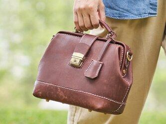 【切線派】高級 がま口本革手作りのレザー 口枠 ショルダーバッグ 総手縫い手持ち 肩掛け 2WAY 鞄の画像
