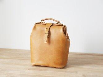【切線派】大容量 がま口 ラックスリュック 本革バッグ手作りのレザーバッグ 手染め / 総手縫いの画像
