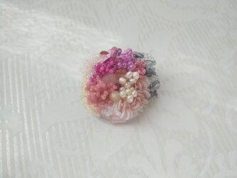 #55  刺繍ブローチ 花束 ピンクの画像