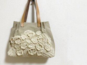 麻糸編み模様のクリーミーかばんの画像