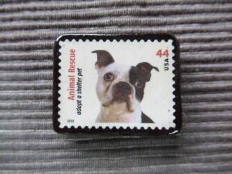アメリカ 犬切手ブローチ7339の画像