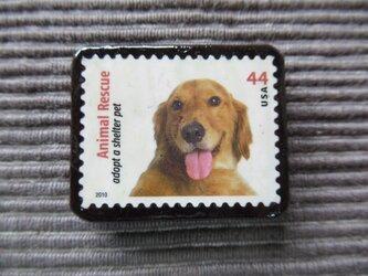 アメリカ 犬切手ブローチ7341の画像