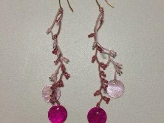 絹糸の枝のピアス  ver.2 pinkの画像