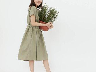 Mariam コットン ウエスト タイロープ ドレス グリーンの画像