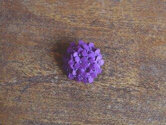 ブローチ あじさい 紫の画像