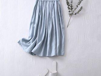 こだわりの着回しやすさと着やすさ リネン100% タックギャザースカート 薄い水色 210401-2の画像