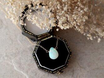 【K18】宝石質プレシャスオパールの一粒ネックレス(ペアシェイプ)*10月誕生石の画像