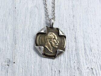 """""""折り紙みたいにコインを銀で包んだ一点物ペンダント""""silver925の画像"""
