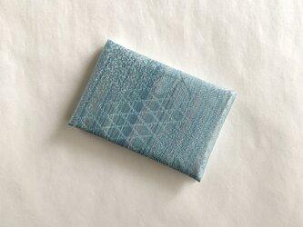 絹手染カード入れ(縦・くすみ青系ミックス)の画像