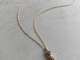 Pineapple Metal Necklacesの画像
