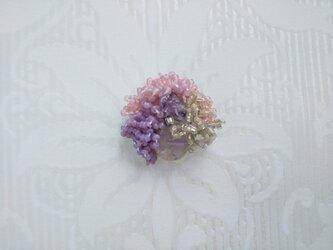 #66  刺繍ブローチ ミニ花束 ライラックの画像