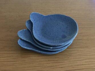 青い変形豆皿 還元焼きの画像