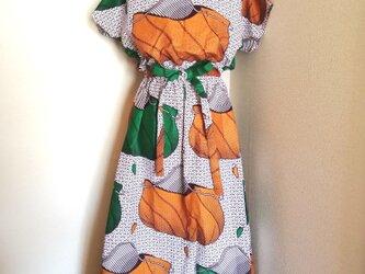 ブラウジング リボン付き マキシワンピース/アフリカ布の画像