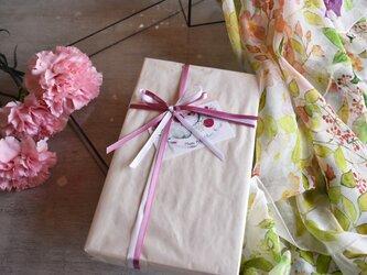 【母の日限定】シルクスカーフ「garden」ギフトボックス&送料セットの画像