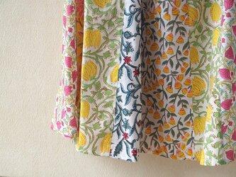 高原の春~木版更紗の接ぎ合せフレアースカートの画像