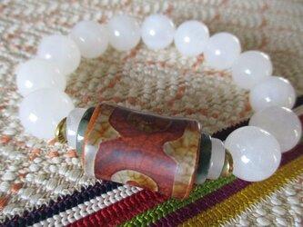開光 三眼天珠と漢白玉、ミャンマー平安翡翠のブレスレットの画像