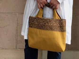 麦わらとリネンコンビかばん 横型 からし 受注製作の画像