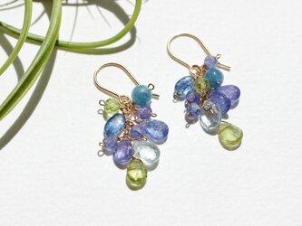 【14kgf】Blue hydrangea gemstone.天然石ピアスの画像