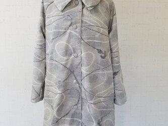 着物リメイク 大きな襟のコートの画像