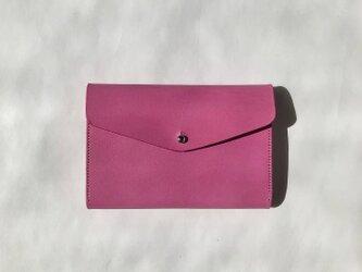小銭が探しやすい 革のミニ財布 Pink イタリア製レザー Medium Basic Walletの画像