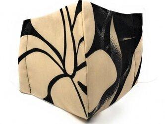 ハワイアン ファブリック ファッション・3Dマスク(扇型) ハイビスカス ブラック Lサイズ パターン1の画像
