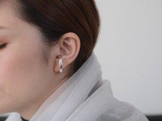 《軽量》石目Ovalシルバーイヤーカフクリップ片耳用の画像