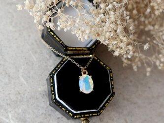 【K10】エチオピア産プレシャスオパールの一粒ネックレス(オーバルファセットカット)*10月誕生石の画像