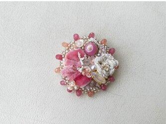 ベルベット リボンのブローチ ピンクの画像