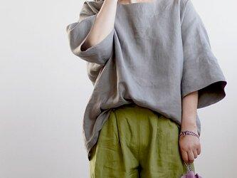 【wafu】リネンビッグT 袖口カフス ゆったり チュニック やや薄地 40番手/鈍色(にびいろ) t041d-nib1の画像