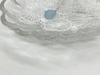 シーブルーカルセドニーのロングネックレスの画像