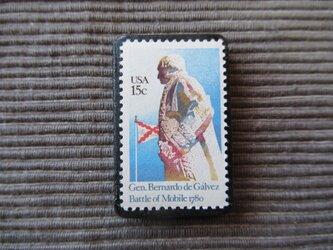 アメリカ  切手ブローチ 7368の画像