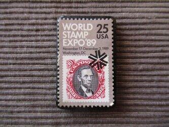 アメリカ  切手ブローチ 7369の画像
