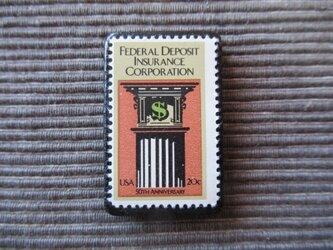 アメリカ  切手ブローチ 7370の画像