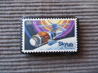 アメリカ  切手ブローチ 7374の画像