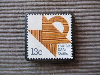 再販 アメリカ キルト 切手ブローチ 5521の画像