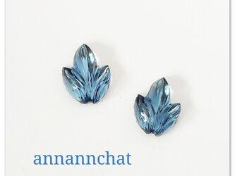 【1950年代 ビンテージ 西ドイツ製ガラス leaf 葉っぱ ブルー 碧 ピアス】 の画像