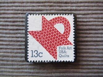 再販 アメリカ キルト 切手ブローチ 5522の画像