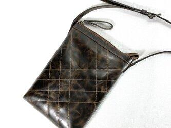 長財布の入るシンプルポシェット(焦げ茶)の画像