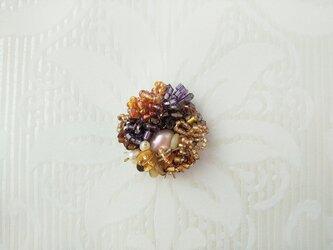 #70  刺繍ブローチ ミニ花束 ブロンズの画像