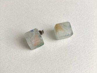 cube ピアスの画像