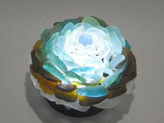 シーグラス 花びらのテーブルランプ-6の画像