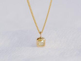 Pale Yellow Baby Diamond Necklaceの画像